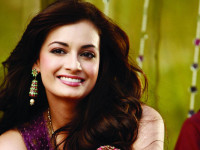 Dia Mirza stands for Jammu and Kashmir flood victims
