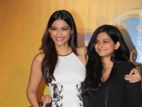 Sisters Sonam and Rhea Kapoor to launch own fashion label