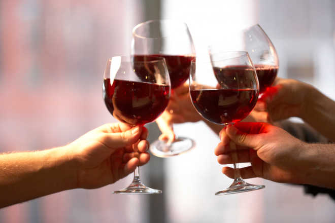 A glass of red wine a night may prove good for diabetics` hearts