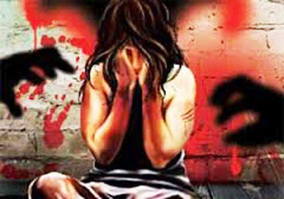 Minor headed for Chandigarh school for I-Day function raped