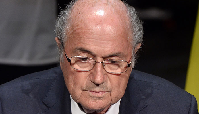 Sepp Blatter gets ovation; Chuck Blazer says 1998, 2010 Cups tainted