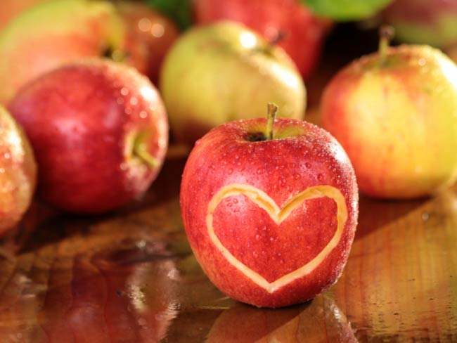 Eat Apple, Green Tomatoes to Gain Never-Say-Die Muscles
