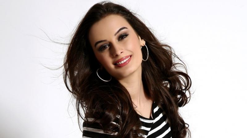 Evelyn Sharma collaborates with Pakistani singer Zohaib Amjad in Anni Pa De song