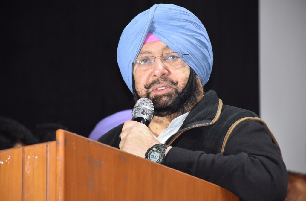 Will thrash 'dusht' Badal for atrocities on Dalits, says Capt Amarinder