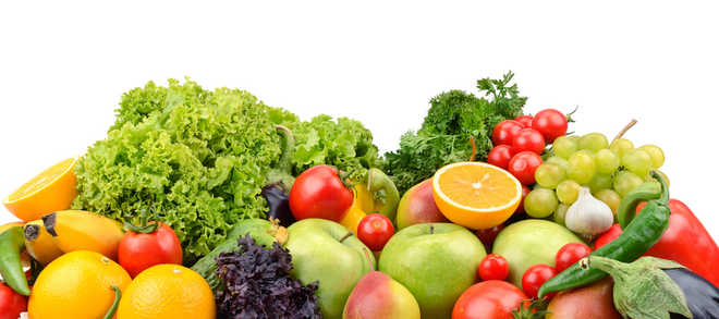 Eating fruits, vegetables may lower lung disease risk