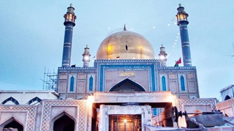 100 dead in ISIS suicide attack on Sufi shrine in Pakistan
