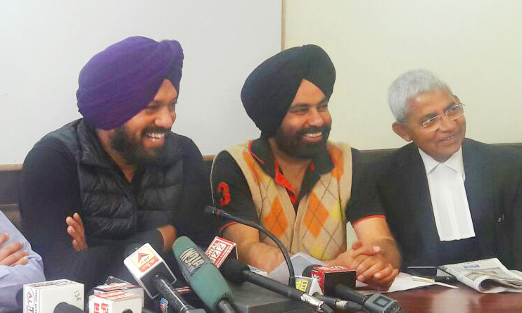 Most of the gangsters have links with Congress and SAD: Waraich