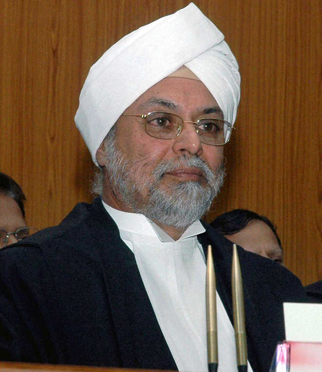 Top court to go paperless in 7 months: CJI Khehar