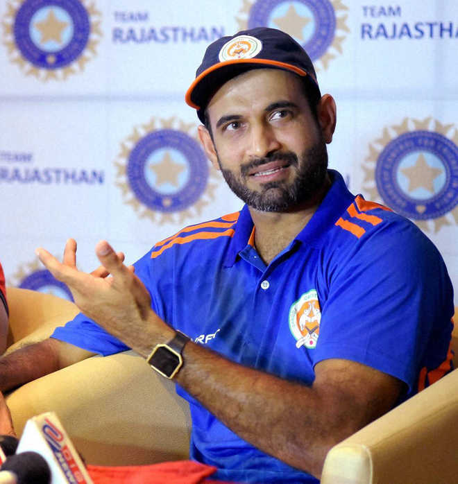 Allrounder Irfan Pathan gets IPL lifeline as Gujarat Lions sign him in place of Bravo