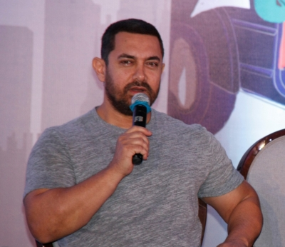 Dangal' zooms past Rs 100 cr mark in China, breaks 'PK' record