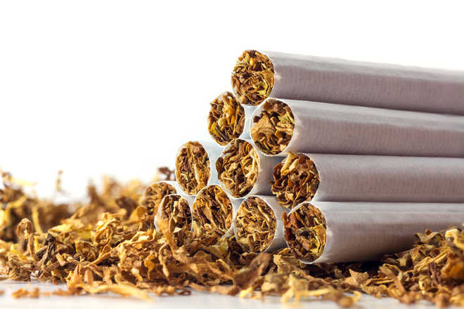 Tobacco use doubles death risk in HIV patients