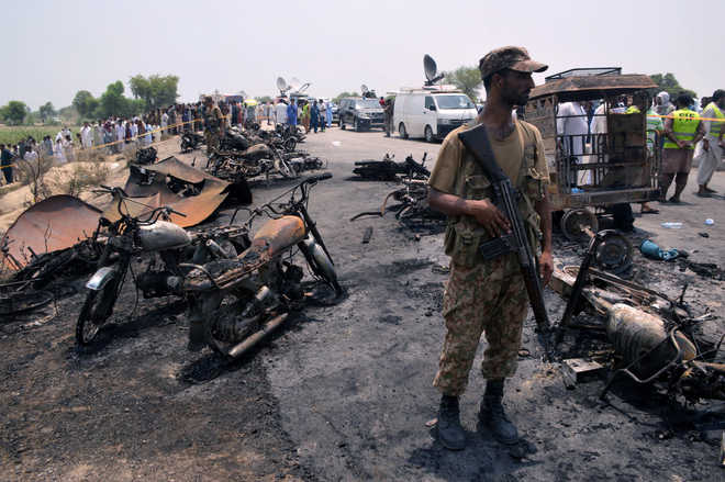 140 dead, over 100 injured as oil tanker explodes in Pak's Punjab province
