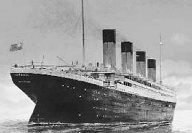 Letter by Titanic victim sold for record price in Britain