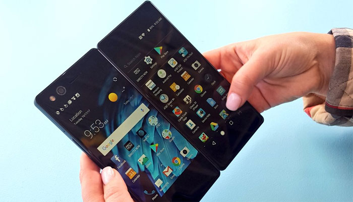 ZTE Axon M dual-screen foldable smartphone