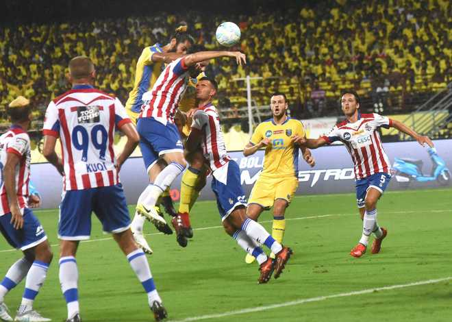 ATK & Kerala Blasters play out goal-less draw in ISL opener