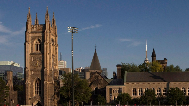 University of Toronto contract staff vote 91 per cent in favour of strike mandate