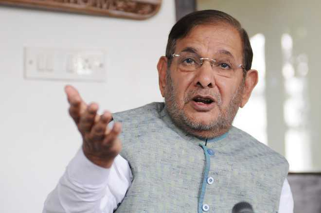 Sharad Yadav moves HC against disqualification from Rajya Sabha