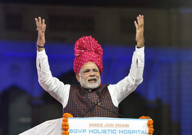 Gujarat campaigning dust settles; stage set for ballot duel