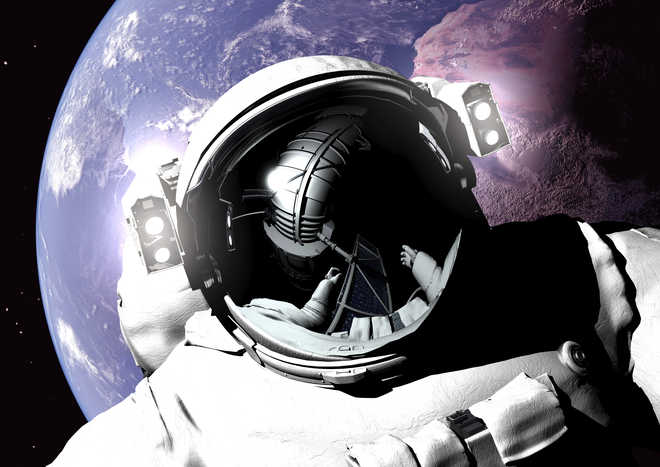 Weightlessness causes persistent fever in astronauts