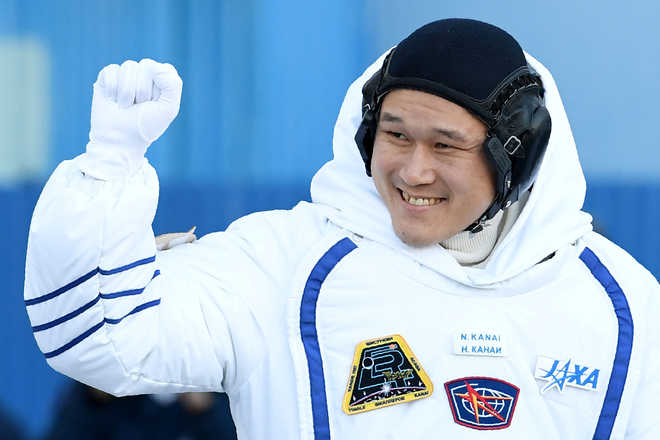 "Japanese astronaut apologises for ""fake news"" of height increase"