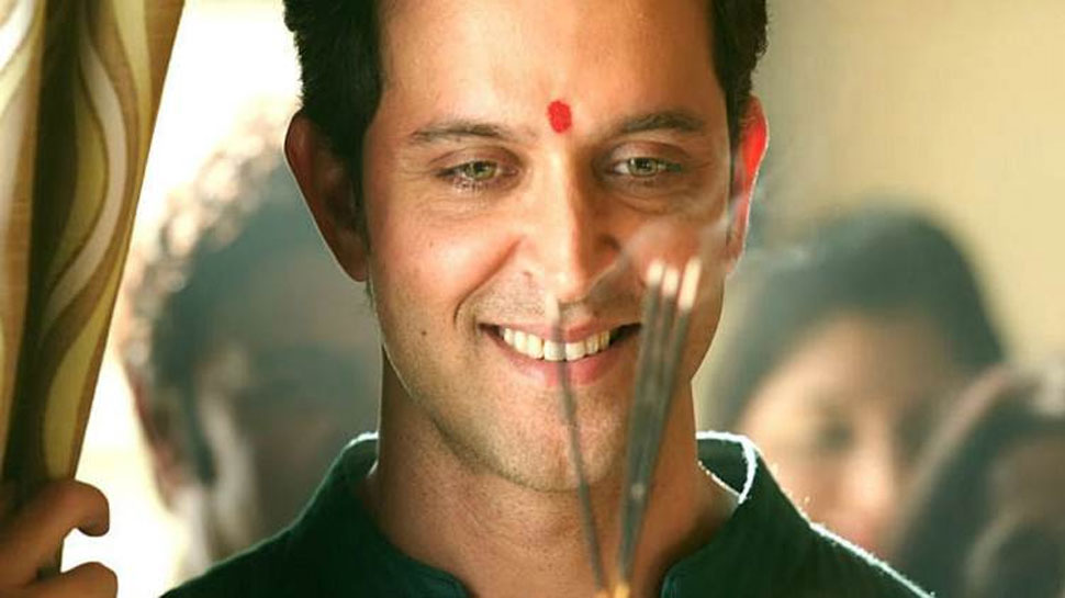 Hrithik Roshan begins 'Super 30' journey on Saraswati Puja