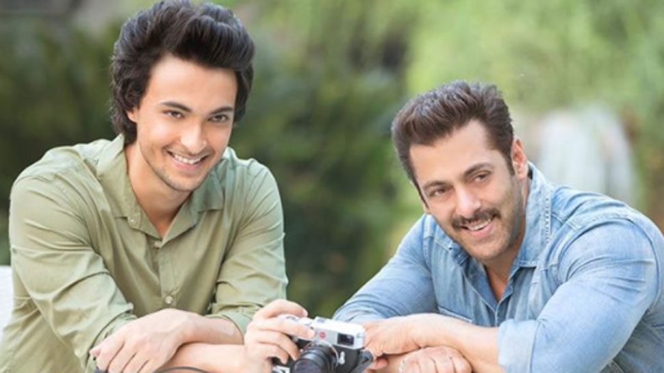 Salman Khan announces Aayush Sharma's debut film 'Loveratri' release date
